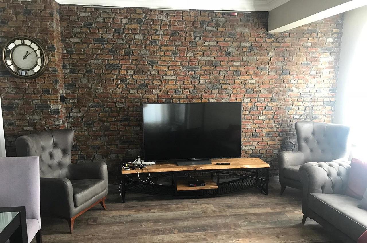 Plazma Tv Unitesi Arkasi Tas Dekorasyonu Tugla Duvar Panelleri